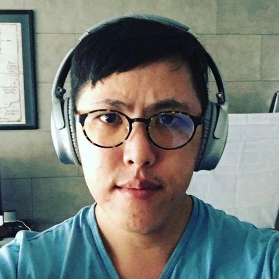 Aaron Is Loud & Wireless  6.4K FOLLOWERS | 1.5M VIEWS