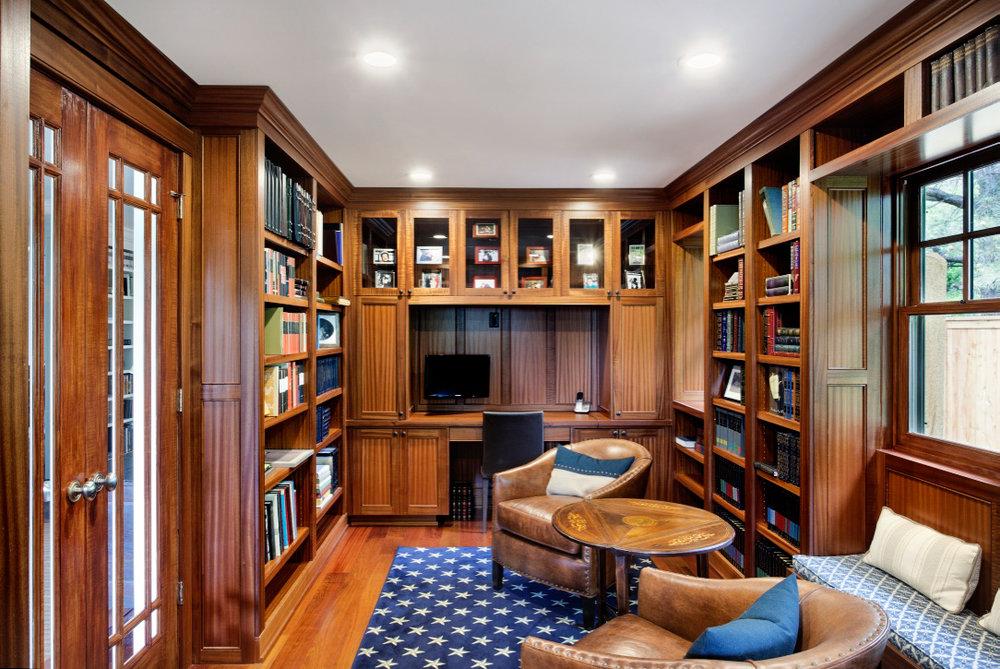 Cabinets_051.jpg
