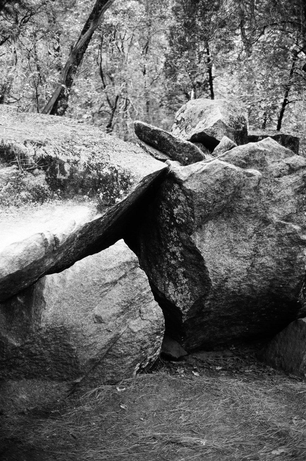 rock falls in yosemite