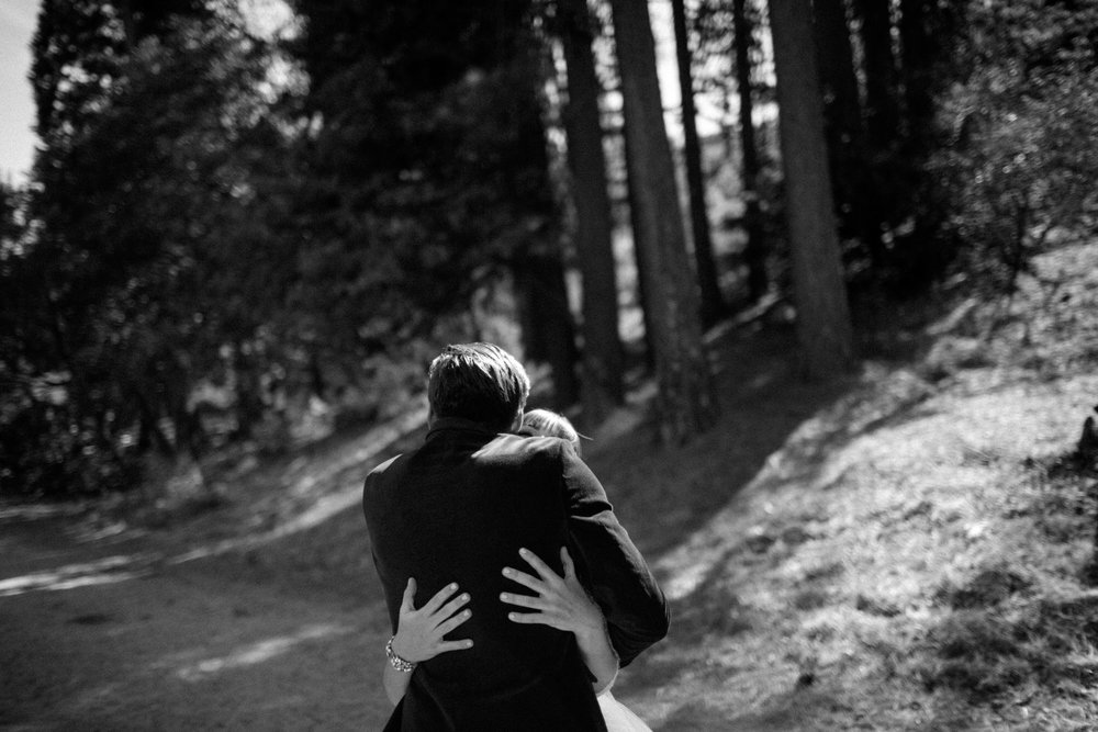 Bear hugs on your wedding day