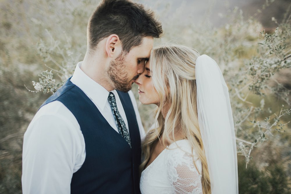desert wedding photography romantic photographs
