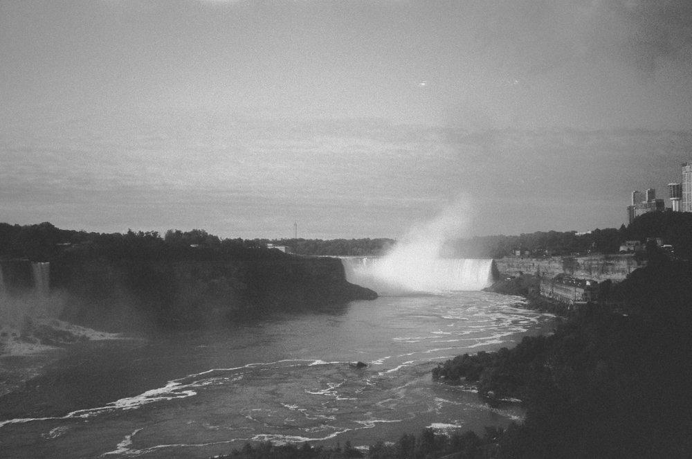 niagara falls water fall new york