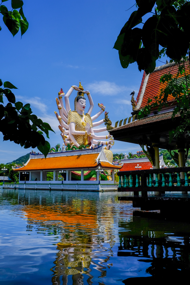 Guanyin Statue at Wat Plai Laem