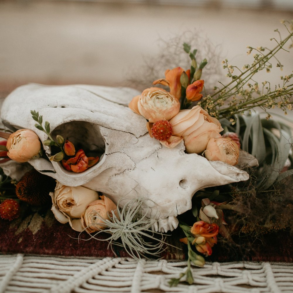 Joshua Tree Lovers - STYLED SHOOT