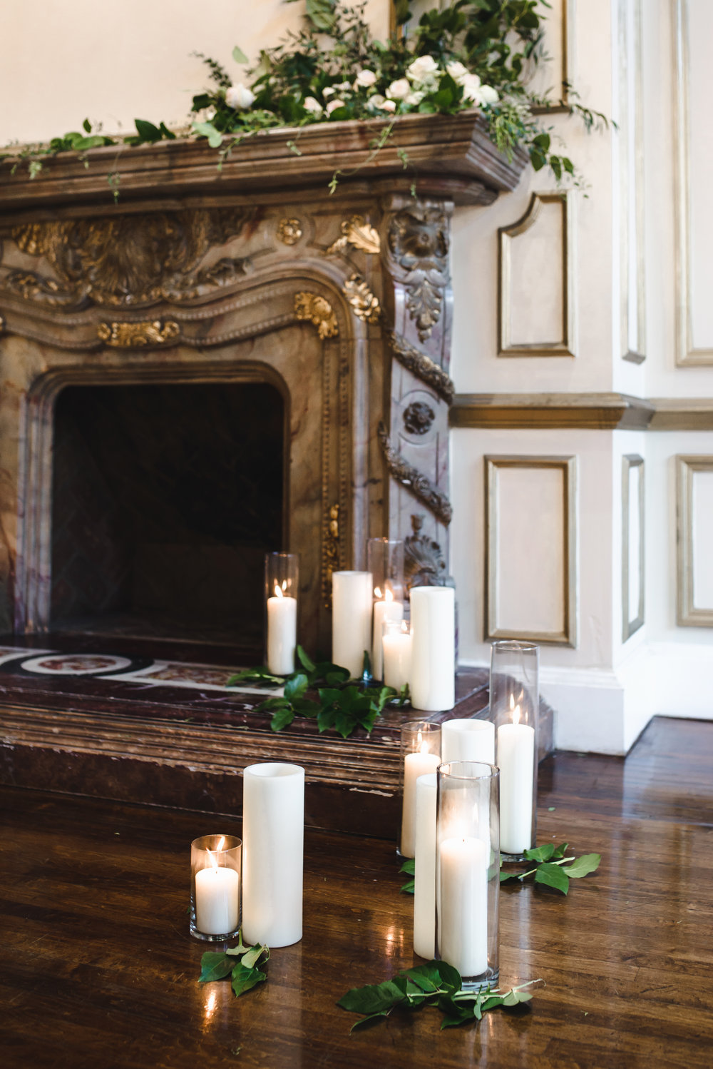 mantel florals at wedding for ceremony #dtlawedding #lrqcfloral.jpg