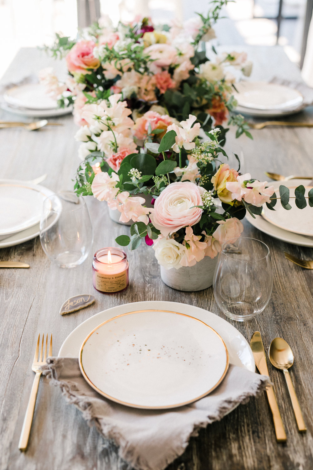 flowy tablescapes #lrqcfloral.jpg