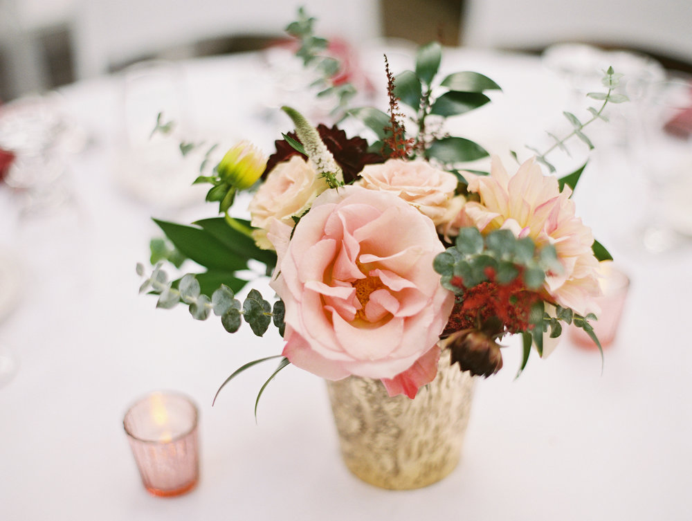 blush and burgandy centerpieces.jpg