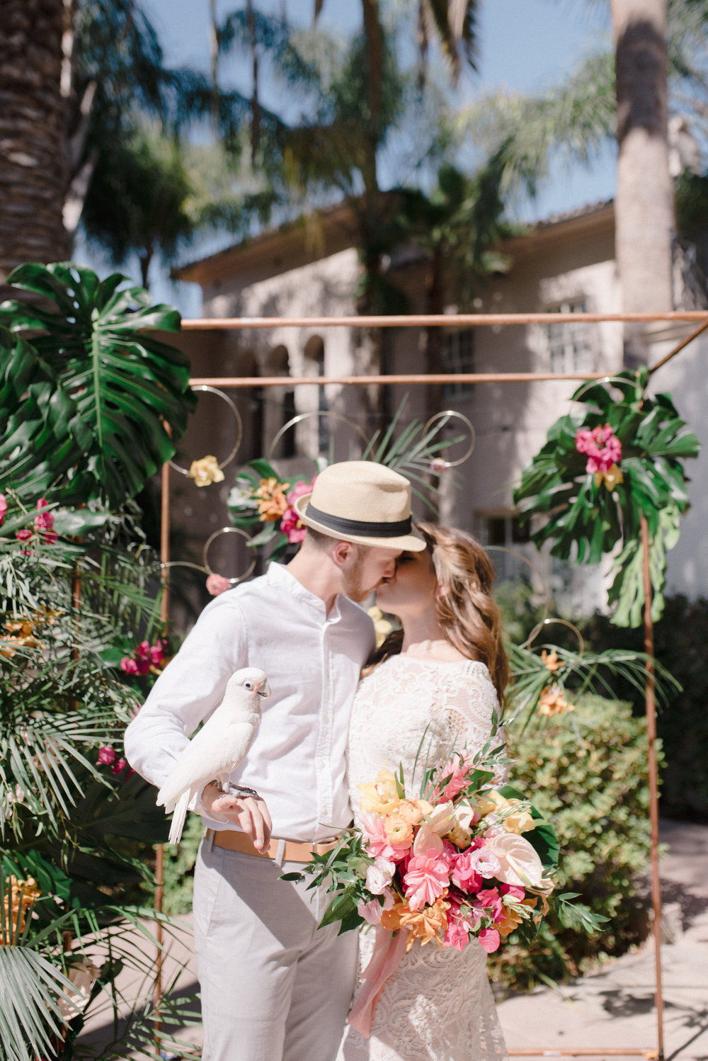 Maxwell House ceremony florals.jpg