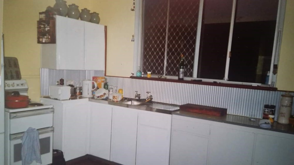 Before:  This kitchen was dated, with very little functional bench space.