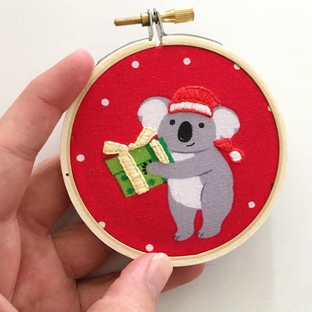 Sweet little koala ready to hang on your tree 💕🎄🐨