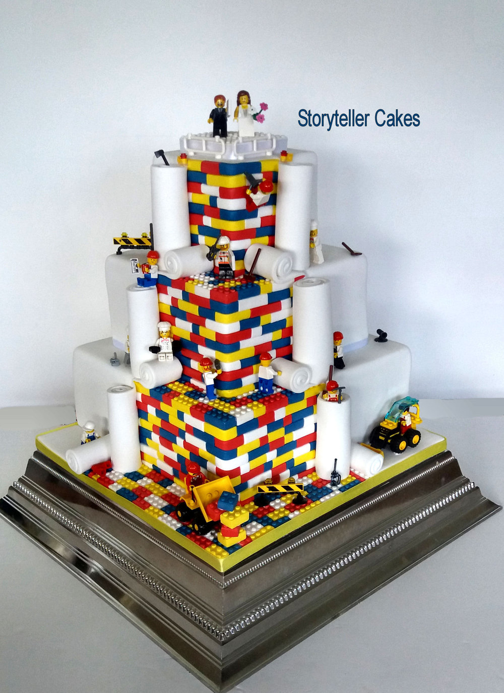 Lego Wedding Cake 1.jpg