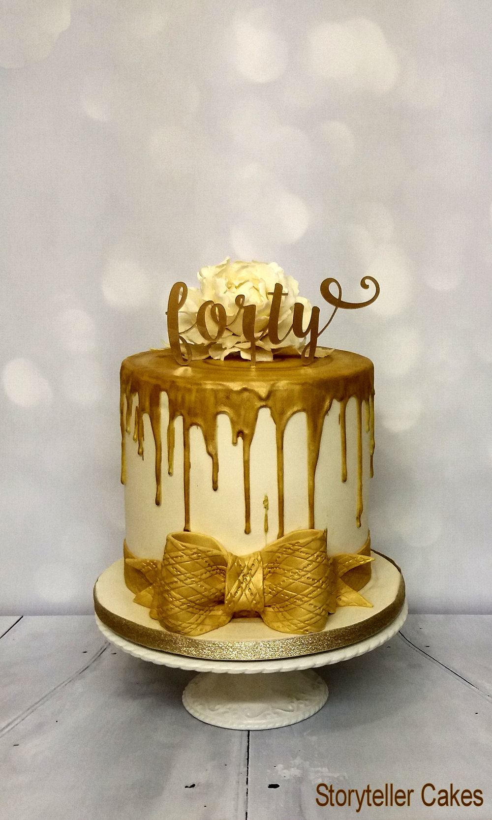 Gold Drip Cake1.jpg