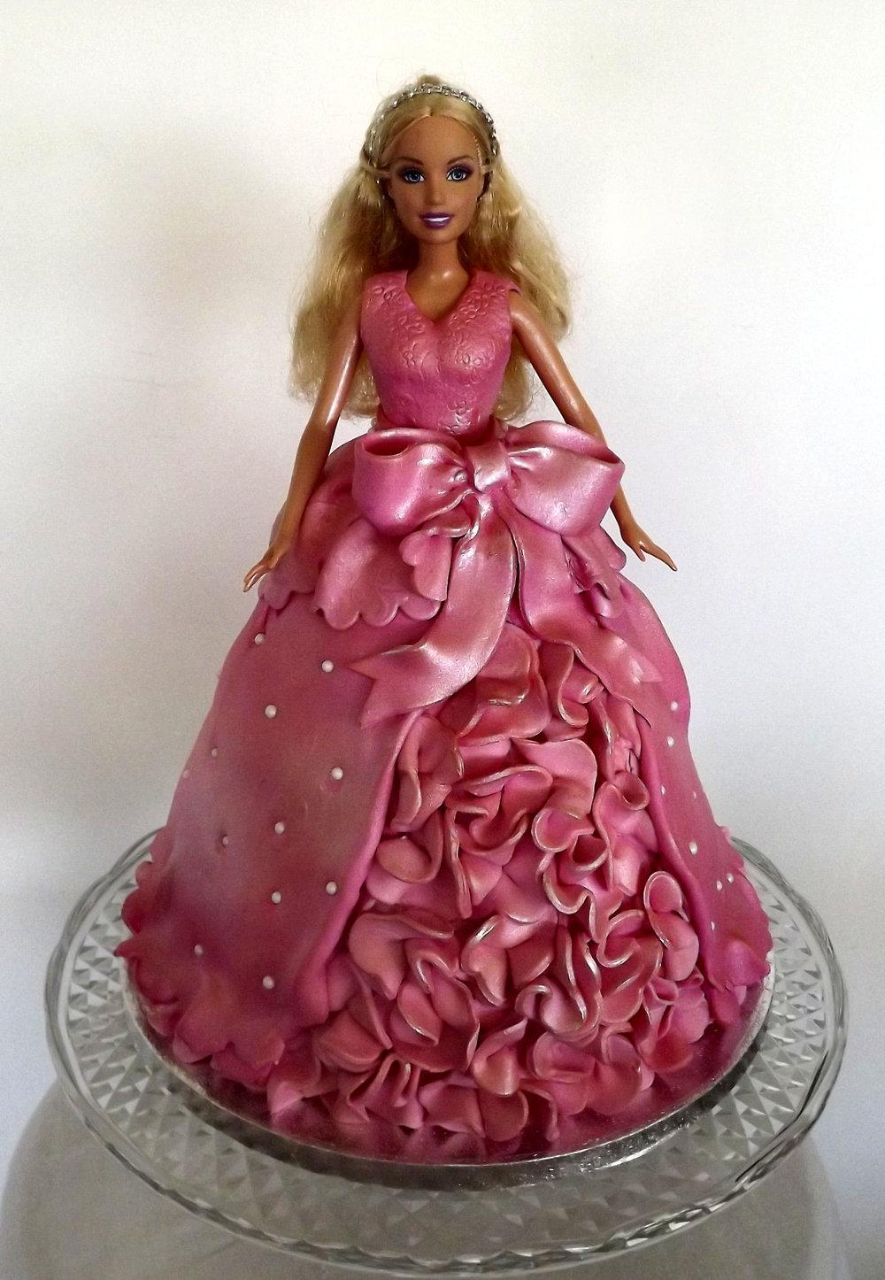 barbie cake.jpg
