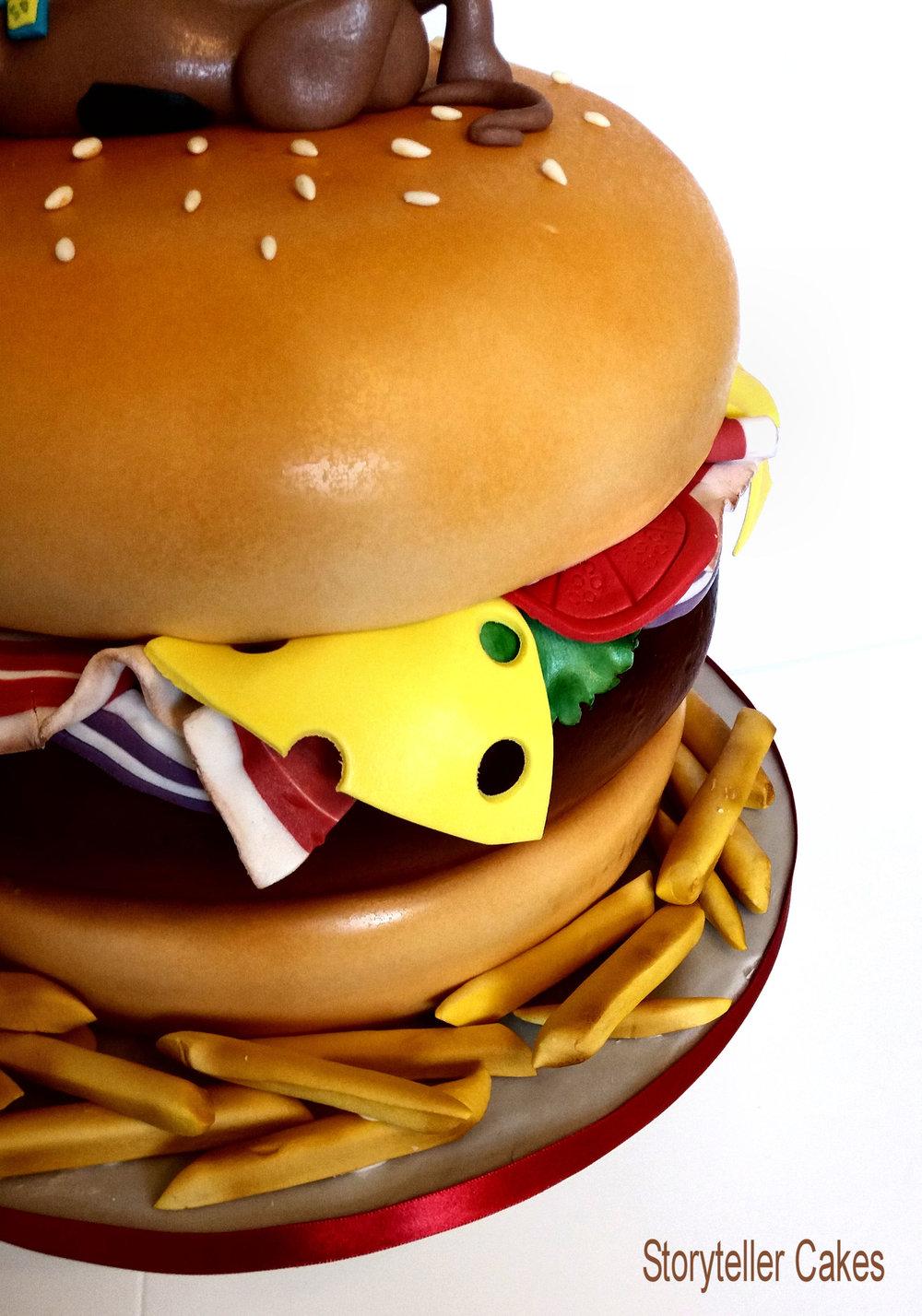 Scooby Doo Burger Cake3.jpg