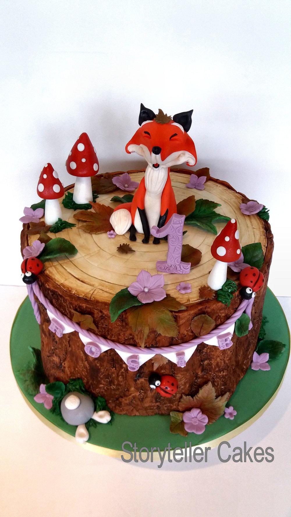 fox cake 1.jpg
