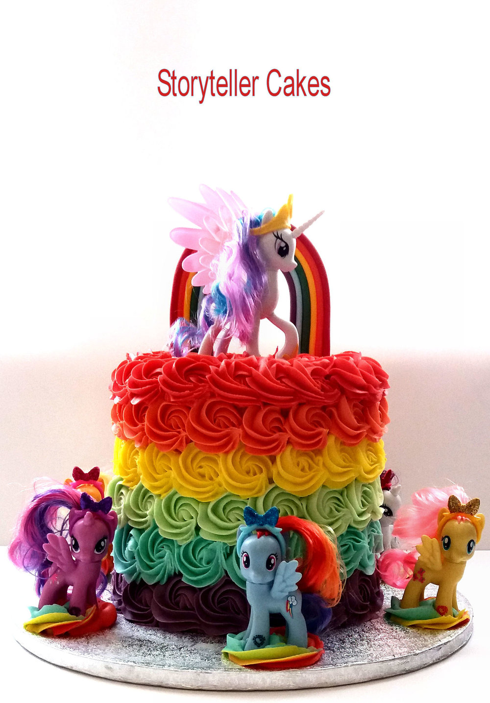 Rainbow My Little Piny Cake 1.jpg