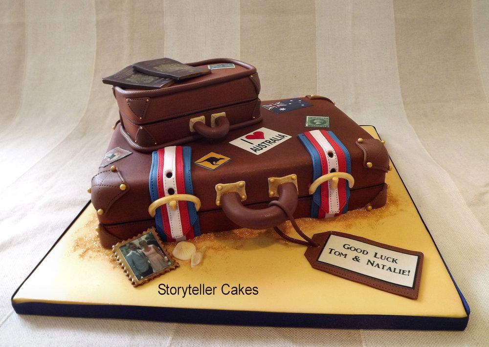 suitcase cake 4.jpg