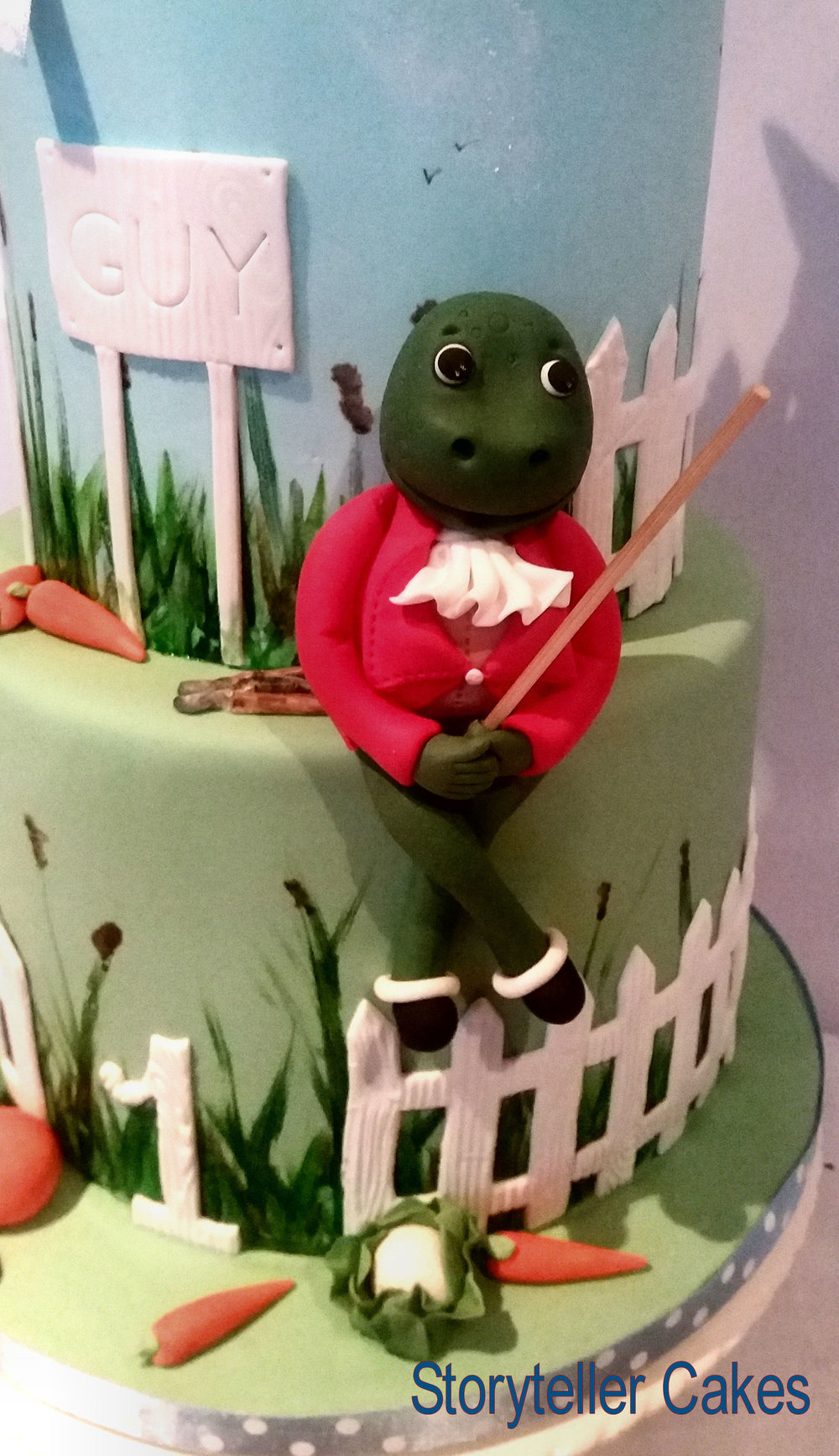 peter rabbit cake 3.jpg