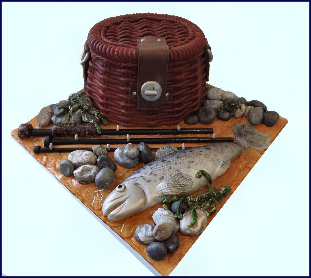 fishing cake 2.jpg
