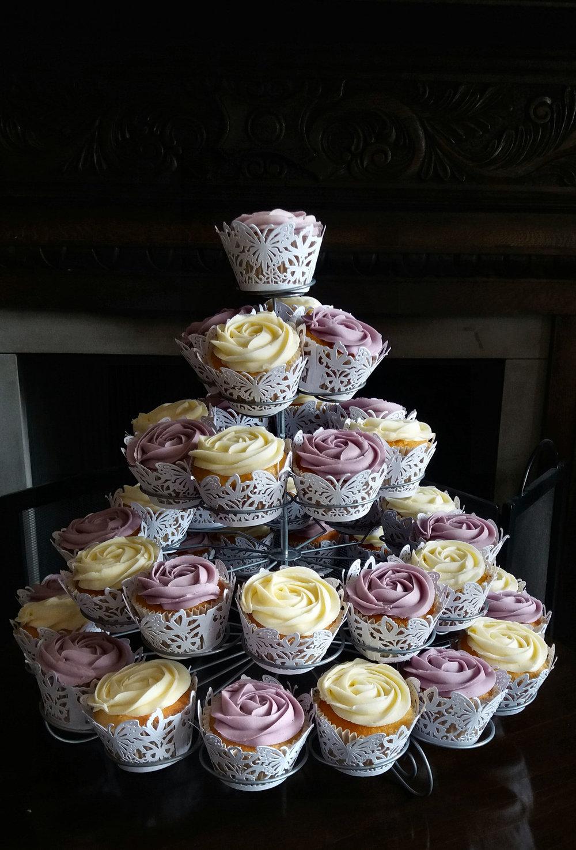 vintage cupcakes2.jpg