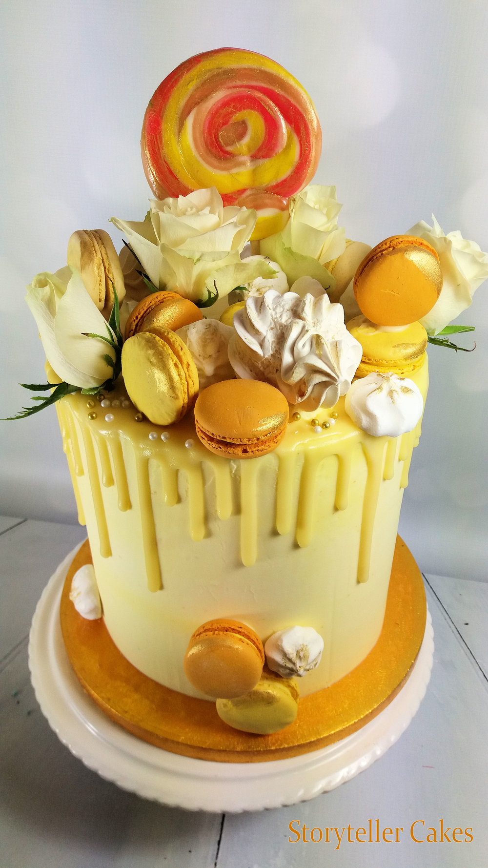 Lemon White Chocolate Drippy buttercream cake 2.jpg