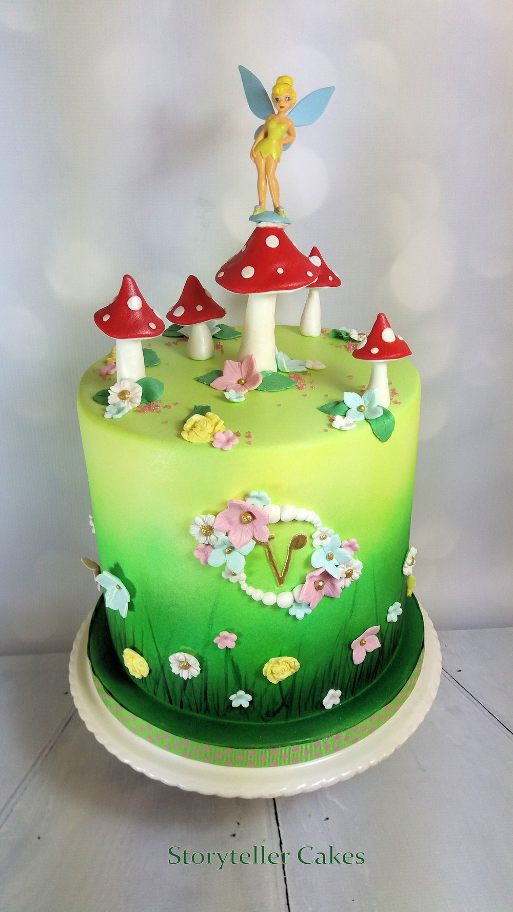 Fairy Toadstool Cake 1.jpg