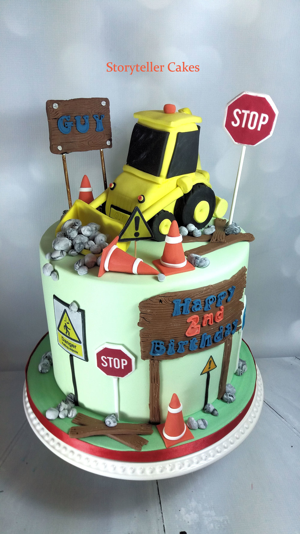 Boys Digger Birthday Cake 3.jpg