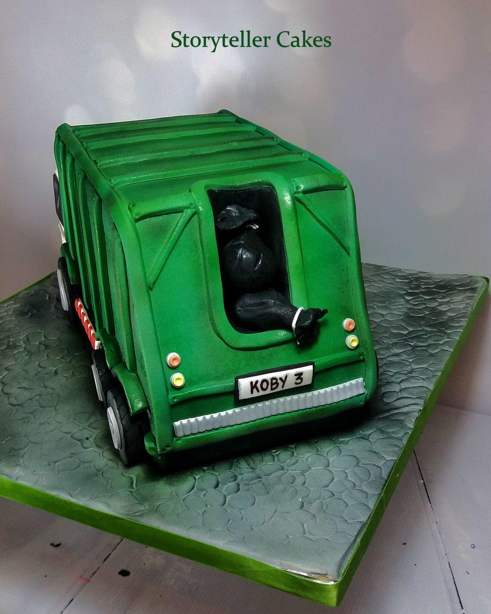 Garbage Truck Cake 3.jpg
