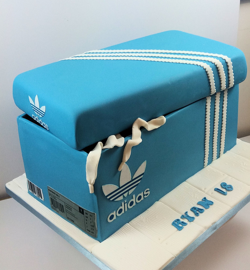 Addidas Box Cake.jpg