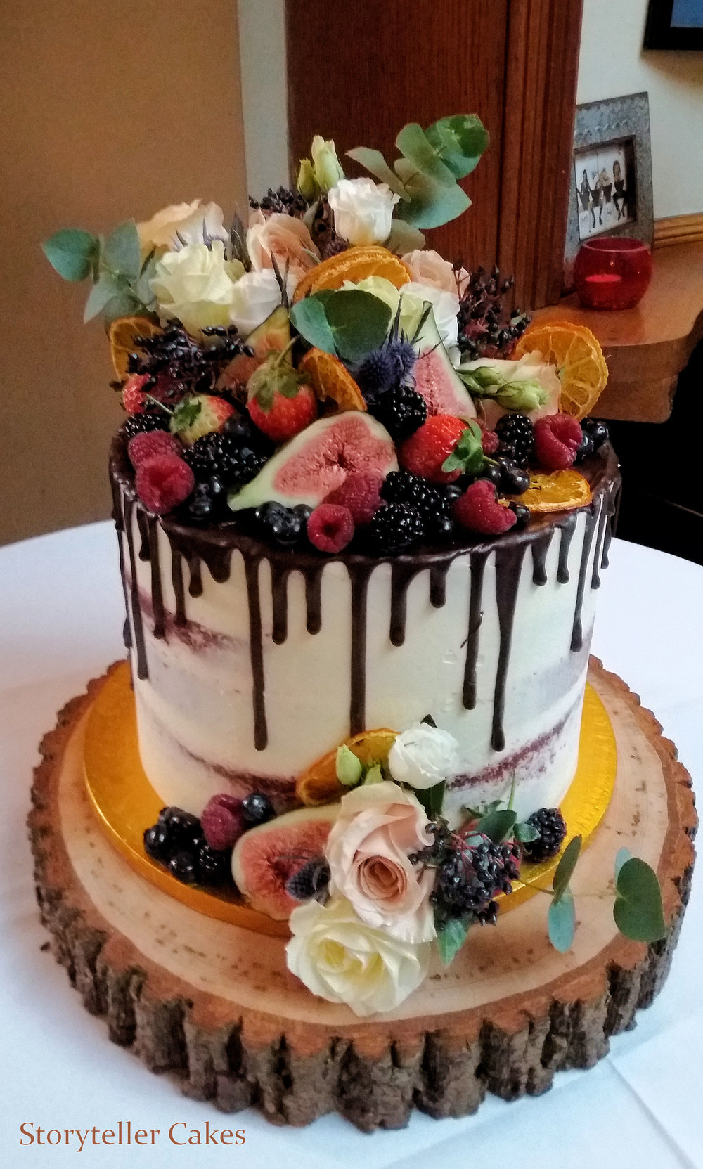 Chocolate Drip & Fruit Wedding Cake3.jpg