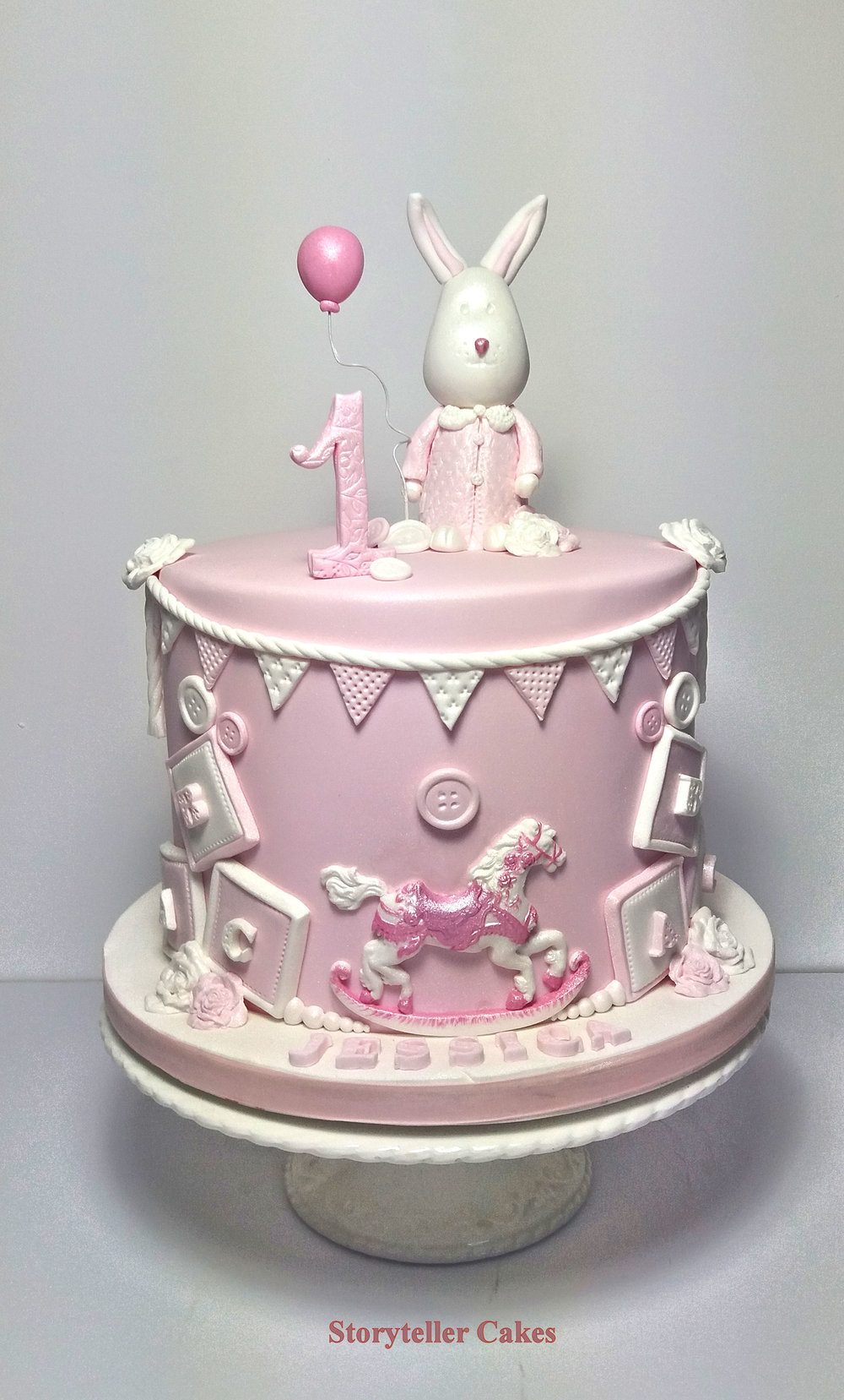 Girls 1st Birthday Cake 5.jpg