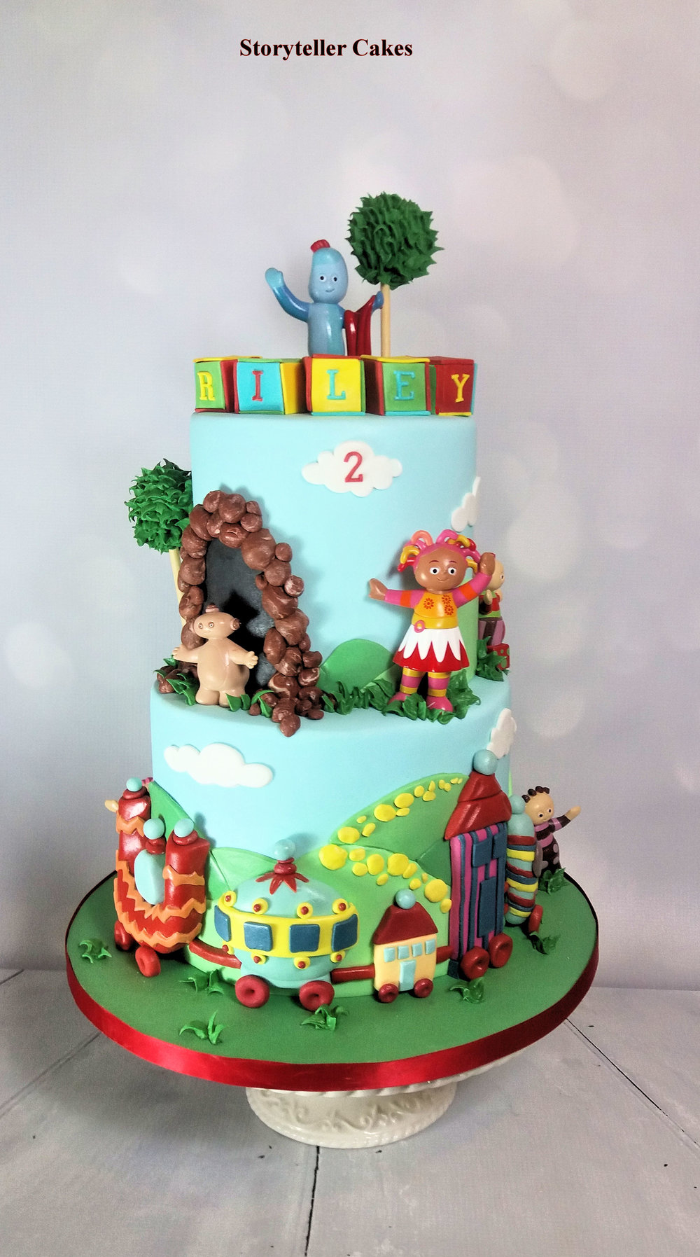 Night Garden 1st Birthday cake.jpg