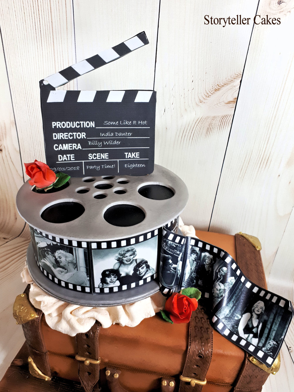 Vintage Suicase & Film Reel Cinema birthday cake 3.jpg