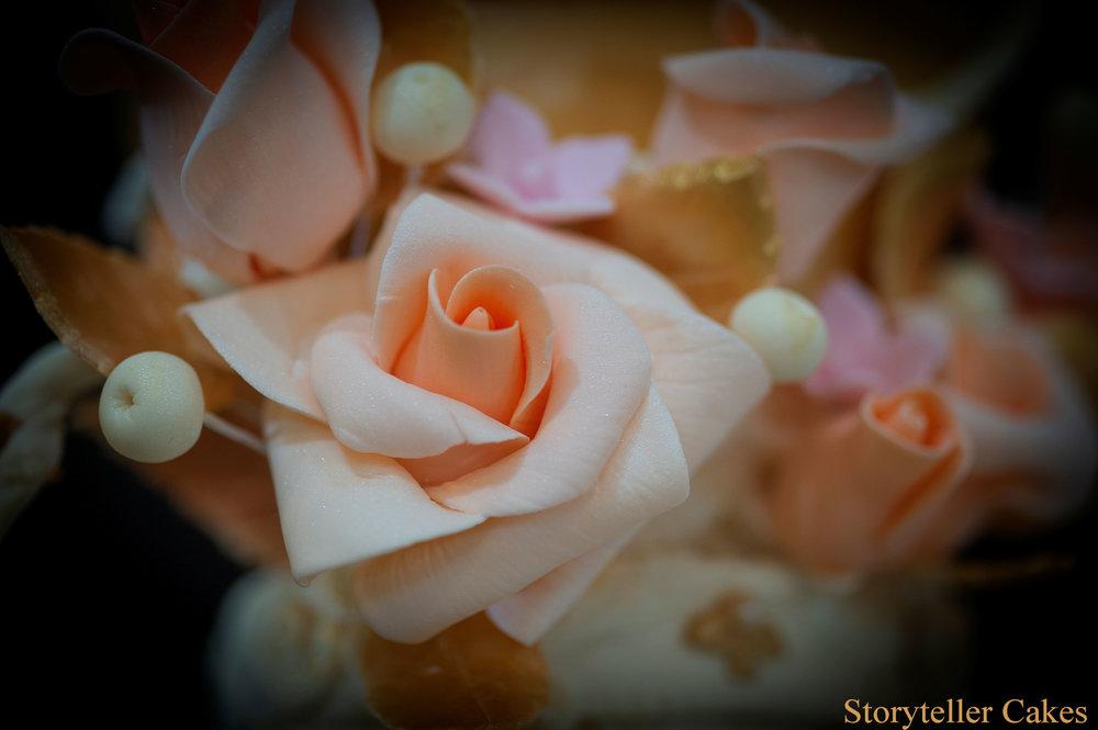 Cherub Floral grecian wedding cake 7.jpg