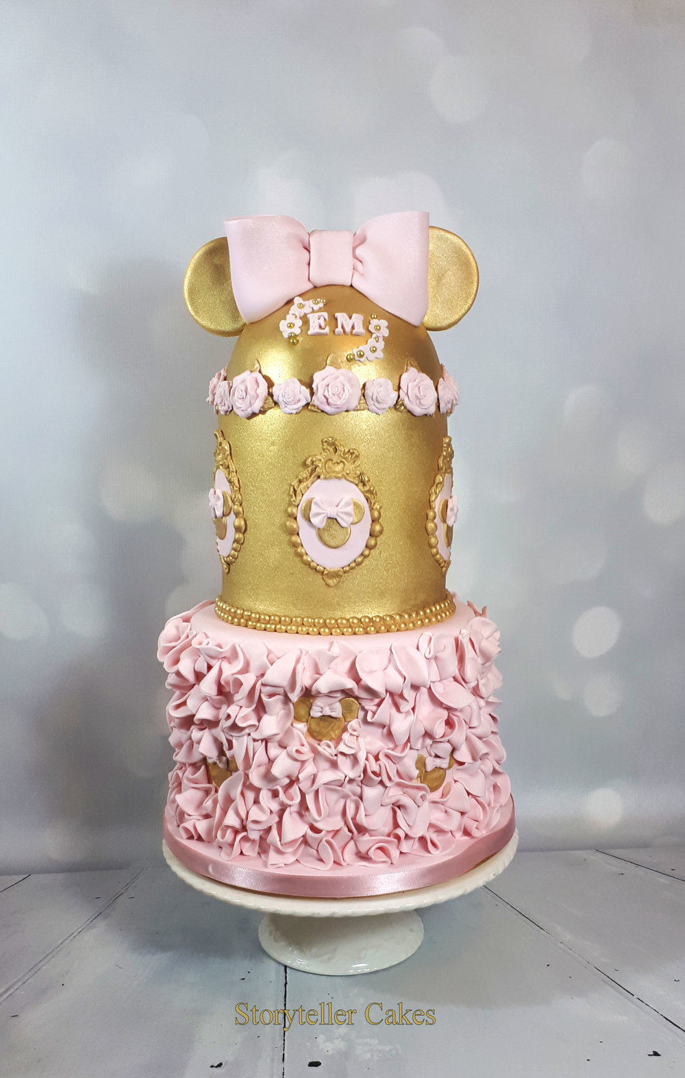 Minnie Mouse Birthday Christening Cake Pink & Gold.jpg