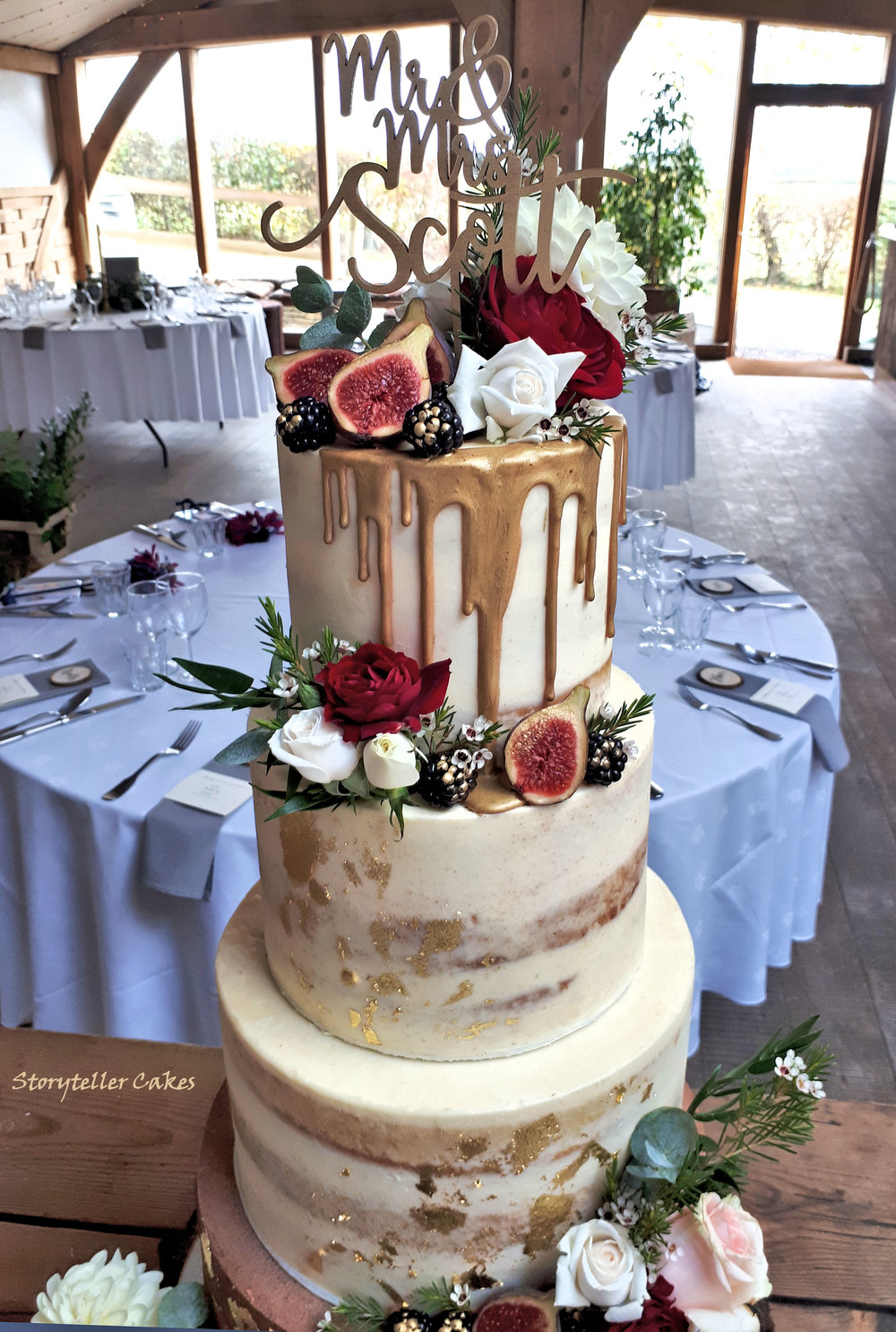 Autumnal Semi Naked gold cake with fresh flowers and fruits2.jpg