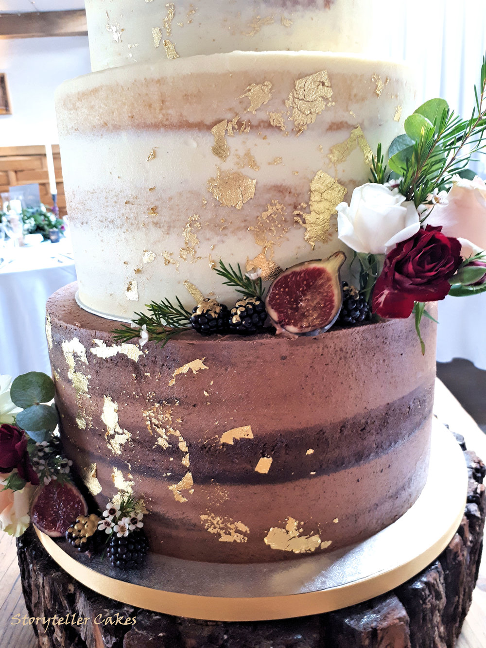Autumnal Semi Naked gold cake with fresh flowers and fruits3.jpg