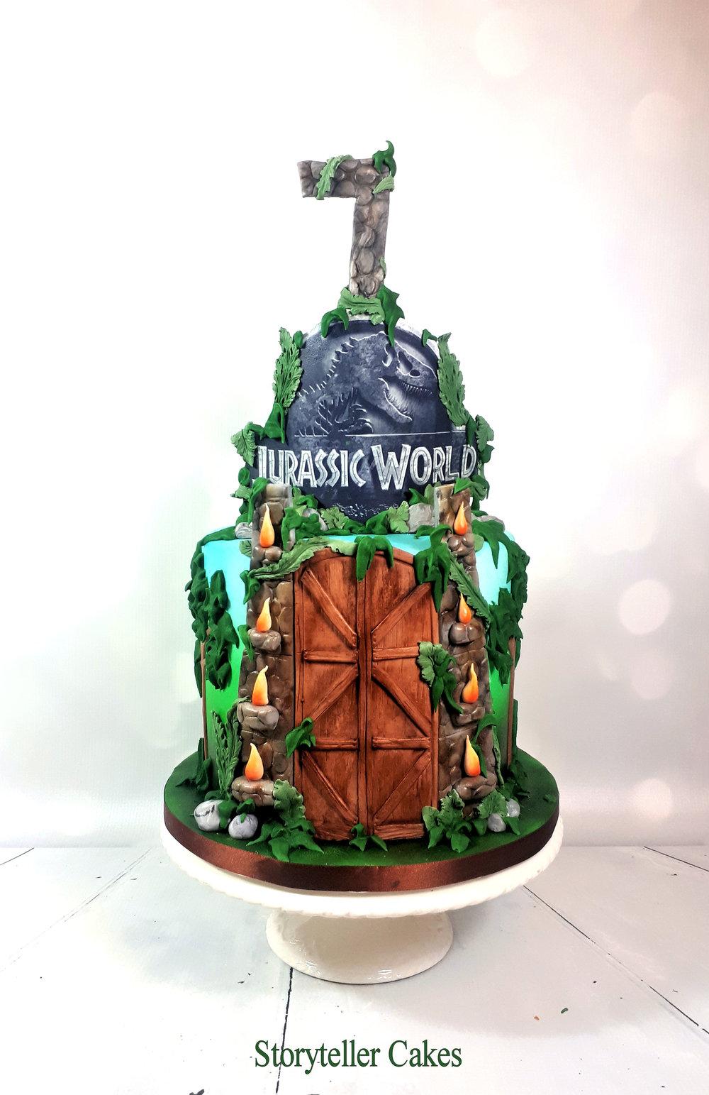 Jurrassic Park Cake.jpg