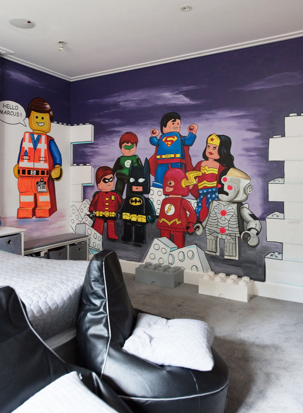 Murals and theme rooms - Murals don't have to be just for kids. Whether you are a band wishing to have a logo on a backdrop, a restaurant wishing for a sophisticated brand representation or even a thirty-something with a misspent youth playing Atari games who dreams of having their own 'Space Invaders' room, there is no limit to what can be achieved.