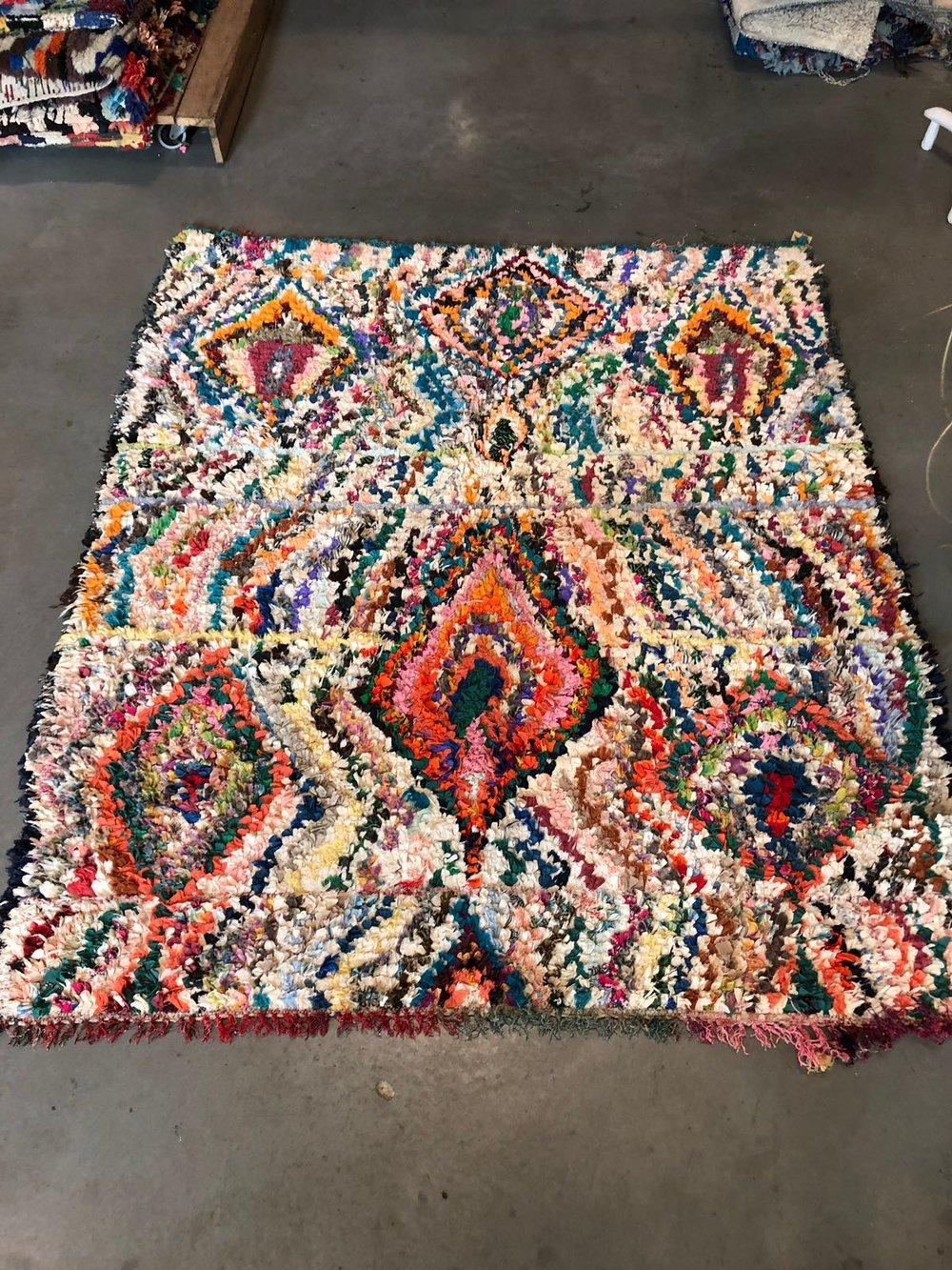 Colors! - Dit tapijt is 180 x 155 en de kosten zijn 495,-
