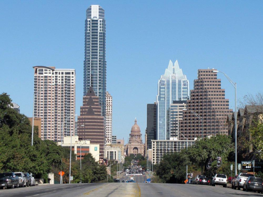 Downtown_Austin,_TX_wikimedia.jpg