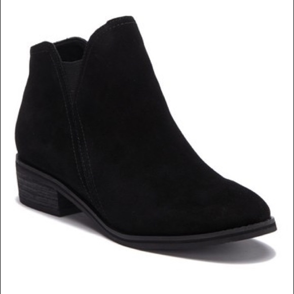 Blondo Lanka Suede Ankle Boot