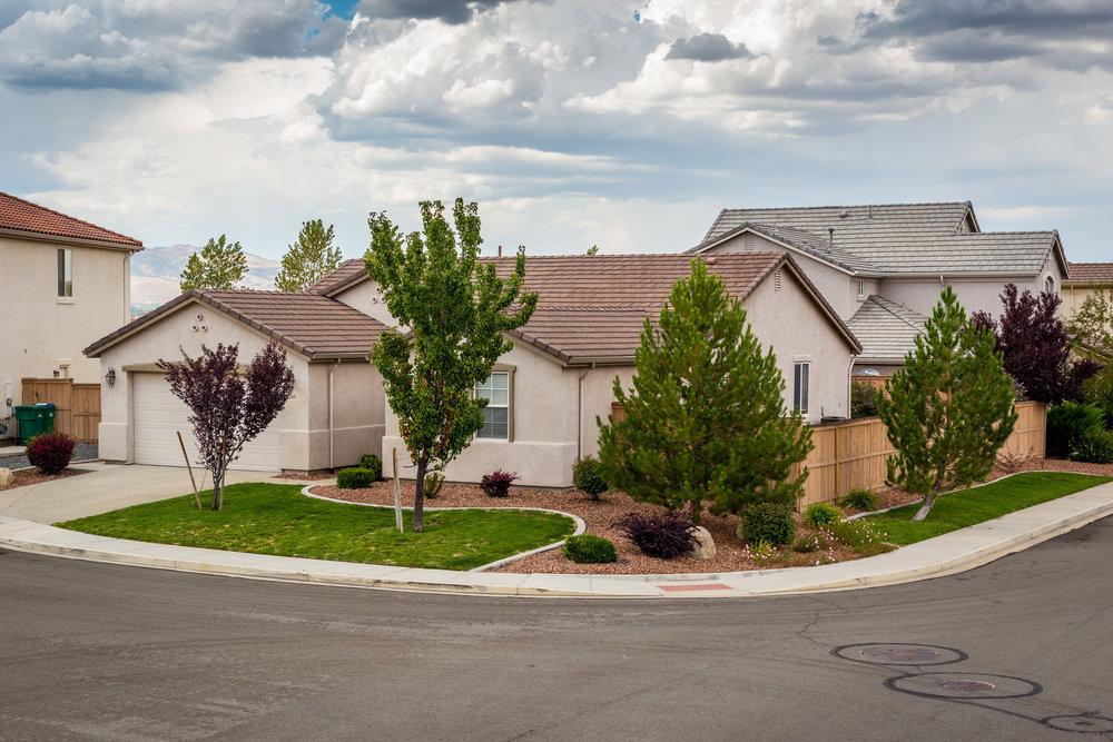 2544 Country Falls Ln. Reno, NV 89521