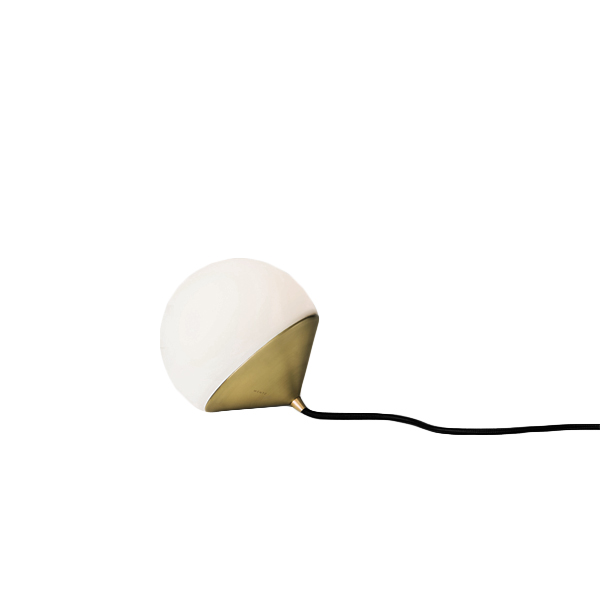 GW_lighting_Tombo+Lamp_.brassjpg.jpg