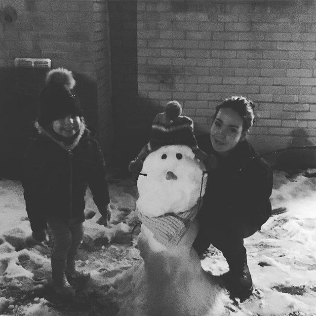 Do you want to build a snowman? #snow #snowman #build #craft #build #illustratorsoninstagram #illustration #illustrator #art #artist #artistic #cold #family #niece #disney #frozen #instagood #instadaily #instagram #photooftheday #photography