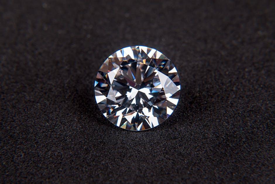 Kering-BACKGROUNDdiamond-gem-cubic-zirconia-jewel-68740.jpeg