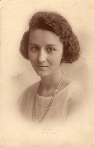 LeRoy's wife, Helen Hilton Meisinger