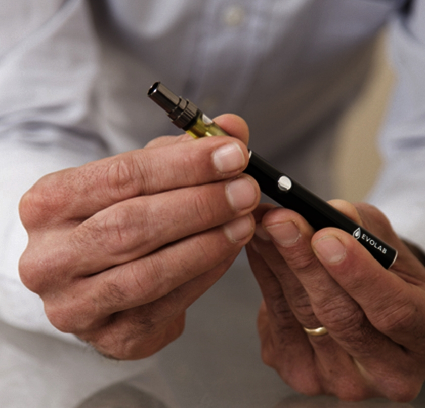cartridge It wasn't easy to find hardware nice enough to pair with our oils. - We tirelessly sought out the best vape hardware from around the world to match our uncompromising, uncut cannabis extracts. With pure oil paired with durable, premium materials like stainless steel and pyrex glass, and a customizable variable draw technology that replicates a dab, a slow vape draw, or anything in between, Evolab cartridges are designed to provide a seriously smooth, consistently potent experience. Learn more about using Evolab variable flow cartridges.