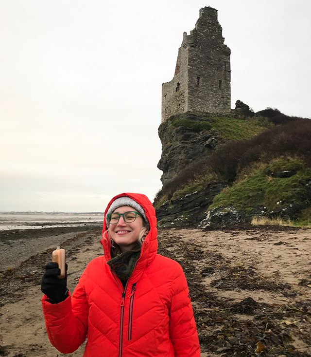A little Scotch whiskey on the beach in wintery Scotland — ahhh. Memories from this week, while on holiday with a group of friends at Auchinleck House include: long walks around the surrounding land — peeking in elaborate caves carved out of sandstone and stopping to unpack our thermos of tea and biscuits in castle ruins, cooking together to create feasts worthy of the estate's posh (& fascinating) history, eating & conversing, laughing so hard we couldn't breathe while gathered around the fire and playing games [player malfunctions and all 😂], and quiet, solitary moments without cell service — reading, napping & enjoying life. It'll be hard to go back to the real world after this week...can't it just be Christmas, already?!! [📷 first photo @cboals , second and fourth photos @ricbebop , fifth photo @n.brudders]. Gotta shout out also to the ladies of the trip @jessonthames @charlottehuco @heartdrive ❤️ ...and @hamish.ii the dog. Check out their feeds for some seriously stunning photos of our Scottish adventures. #jamesboswellhomies