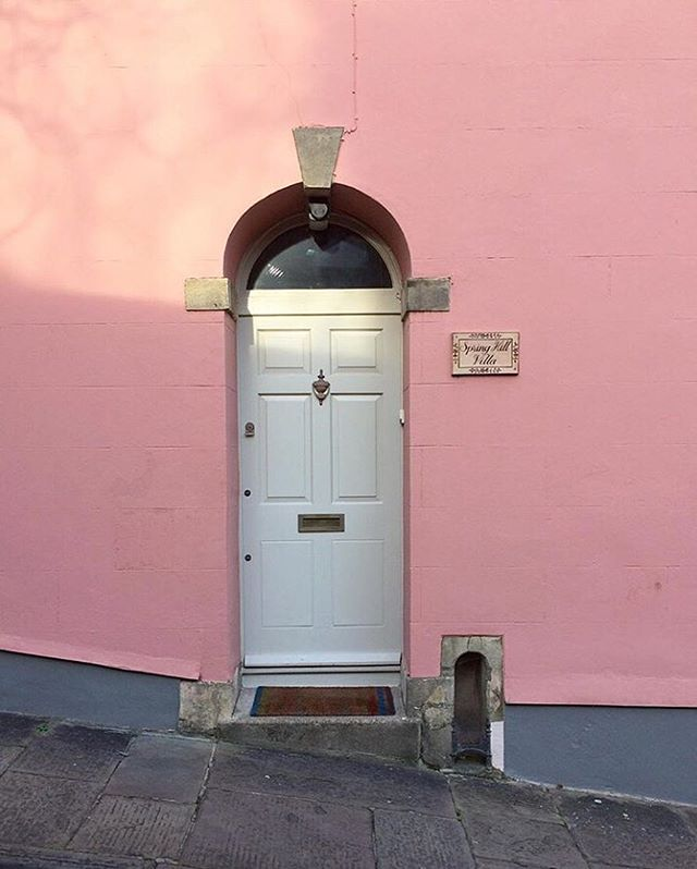 Great shot by @theworldismyorchard - you can't go wrong with pink in our opinion! #bristoldoors
